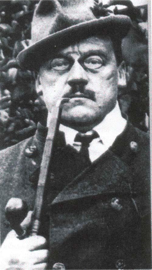 """(mit) zahlreichen hübschen Bürgerstöchtern"""" Ludwig Thoma (1867 – - LudwigThoma"""